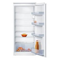 Įmontuojamas šaldytuvas...